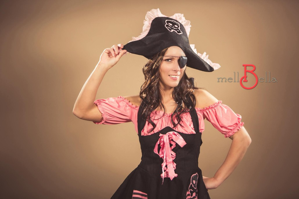 Pirate Halloween Costume Contest